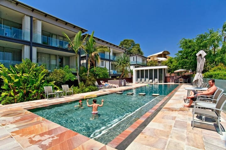 Hot Price! Lux 2bdr, Ocean Views, Unlimited WIFI!
