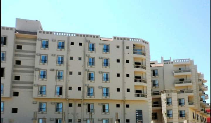 Sea view,front Hurghada City Center.Free Beach