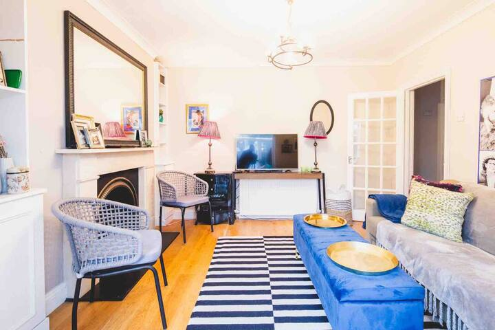 Spacious& Stylish 2 Bed GardenFlat Fulham/Chelsea