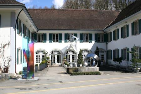 Attisholz - Riedholz - Hostel