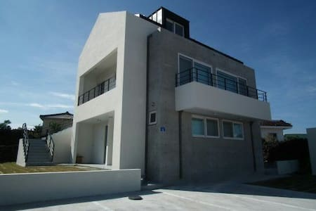Moonstay Guesthouse (Jeju Woljeongri Beach) - 제주시, 제주특별자치도, 대한민국 - Rumah