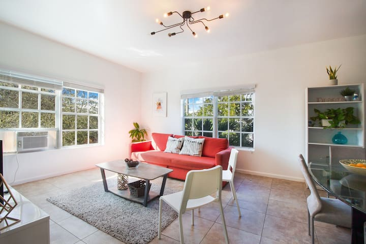 3BDRM + Sofabed+EasyParking by MiamiBeach, Wynwood