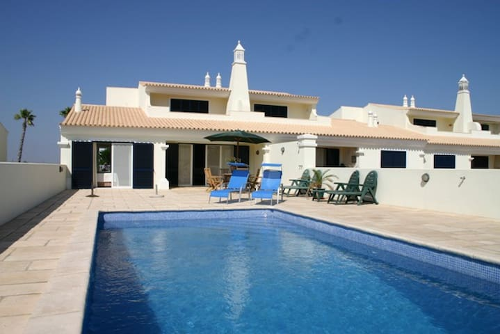 Luxury villa with swimming pool on a golf course - Castro Marim - Villa