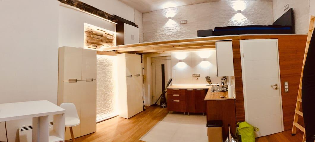 Apartment, zentrale Lage in Wiesbaden