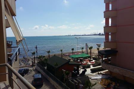 Casa vista a mare percheggio inclos (1)