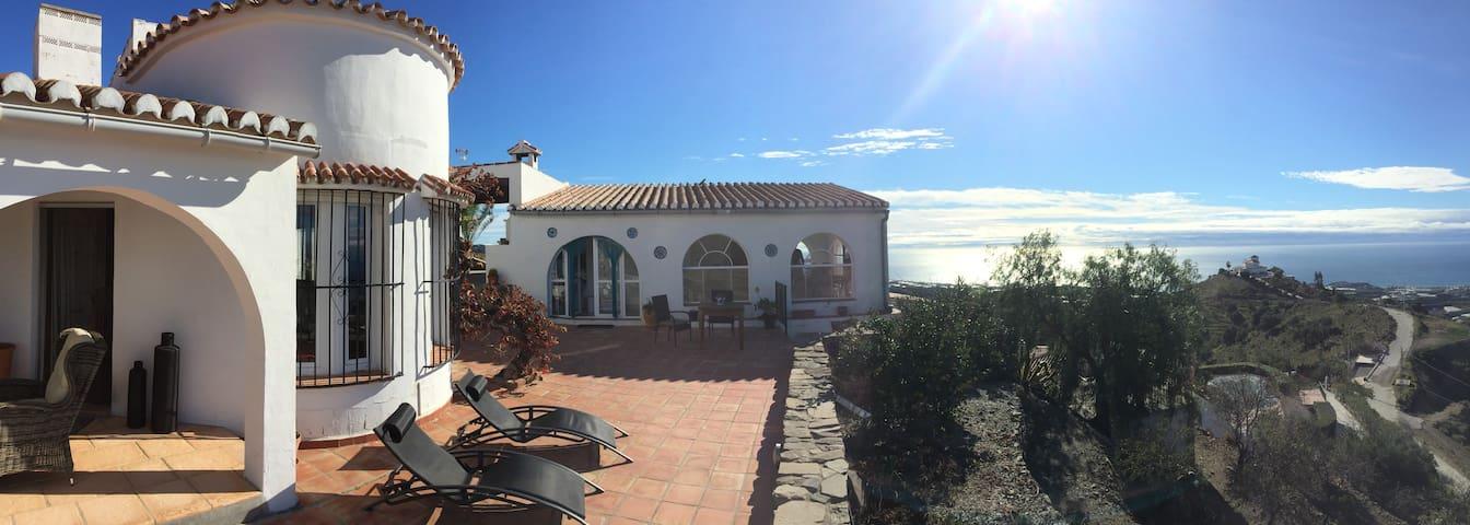 B&B cottage de luxe (40 et 25m2), vue mer&montagne - Carraspite - Guesthouse