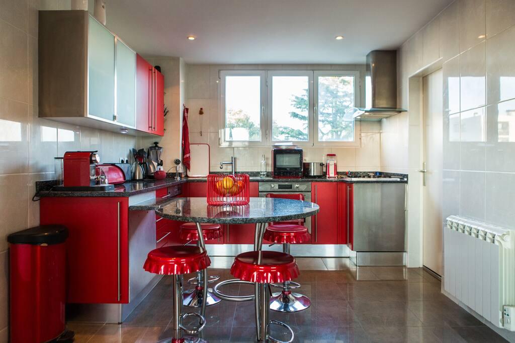 Bel appartement contemporain bordeaux appartements for Bordeaux appartement a louer
