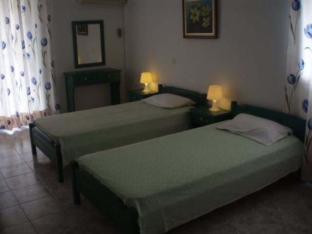 Ενοικιαζόμενα Διαμερίσματα Ελένη - Loutra Edipsou - Appartement