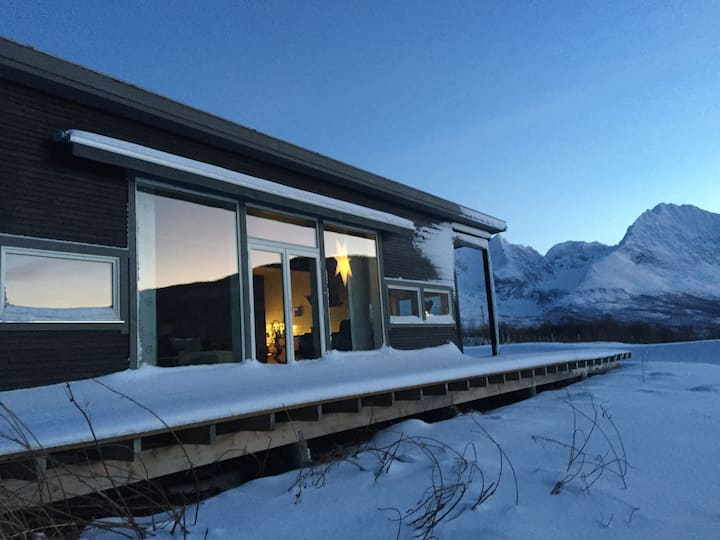 Modern villa in the heart of Lyngen Alps.