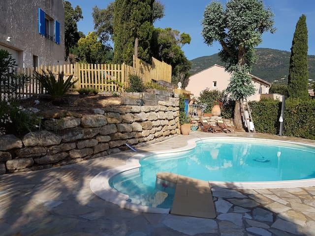 Villa avec piscine à CAVALAIRE