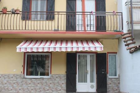 Porzione di casa indipendente - Tetti Bagnolo - Bed & Breakfast