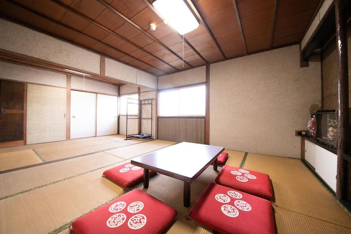 Japanese-style room No. 10 family room