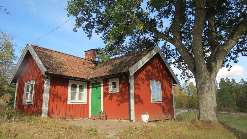 Torpstuga - Södertälje S - Dům
