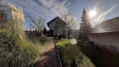 Green Hills - Bregi Zeleni - kuća za odmor