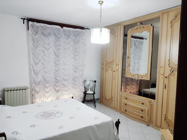Stanza matrimoniale 1 km Ospedale San Raffaele