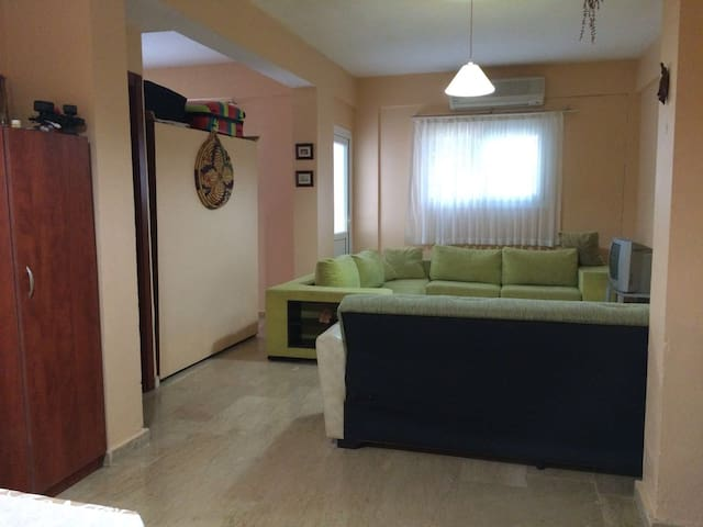 Very good flat at the center of Girne (Kyrenia) - Girne - アパート
