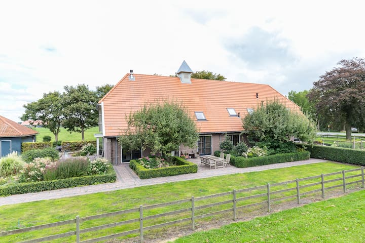 Luxurious country house 25km from Amsterdam 14 p - Middenbeemster - 단독주택