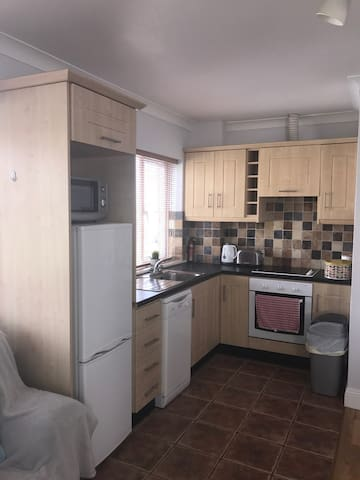 Galway City - Warm & Cosy 1 bedroom apartment