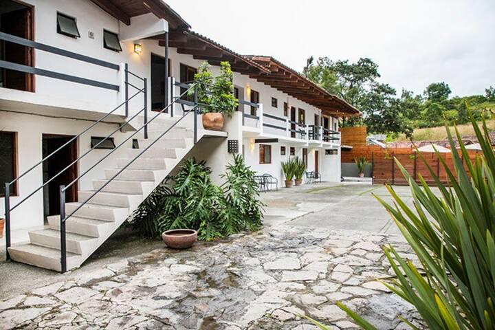 VILLA MARIA HOTEL EN VALLE DE BRAVO