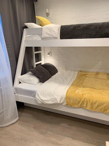 """Семейный апартамент с душем """"Forest"""""""