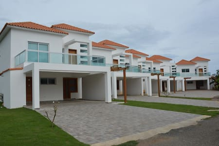 Lovely Townhouses Villa Providencia for rent - Juan Dolio