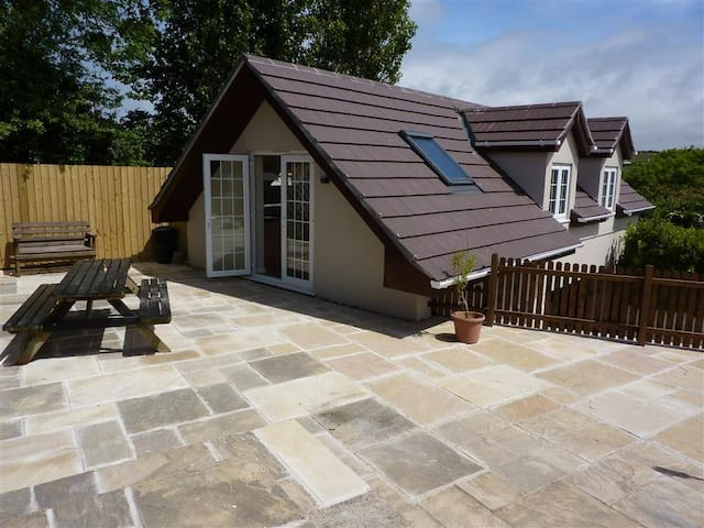 The Copse: Detached house in tranquil location - Perranporth - House