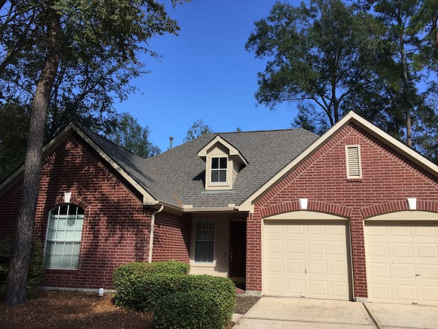 House  3Br / 2Bath at The Woodlans area - Conroe - House