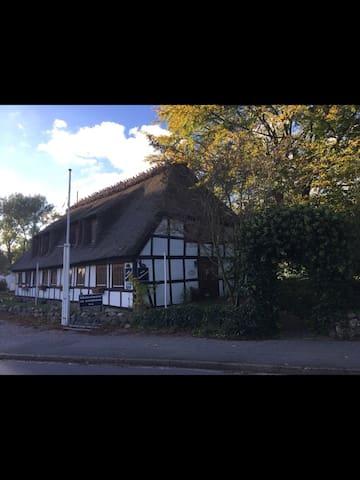Tolles Zimmer in idyllischer Lage - Boren - Gjestehus