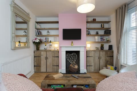 Refurbished Cosy House in  Central Southsea