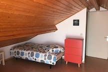 Chambre étage Lit 1