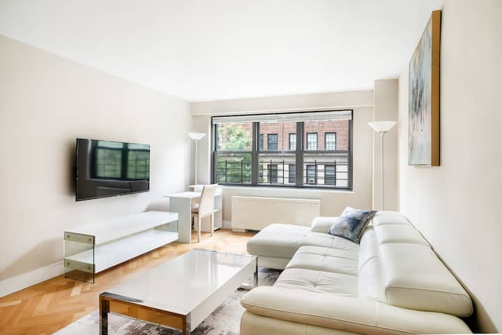 Luxury 1 Bedroom on Lexington Ave in UES with W/D