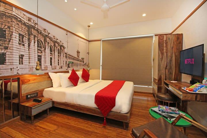 Premium Deluxe Room in Khar Bandra