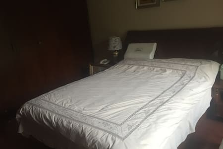 别墅二楼客房独立出租 - Shanghai