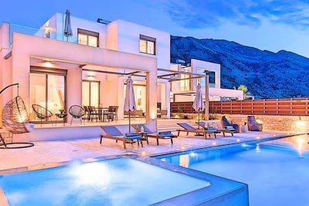 Minoas Villas Private Heated Pool 10 guests