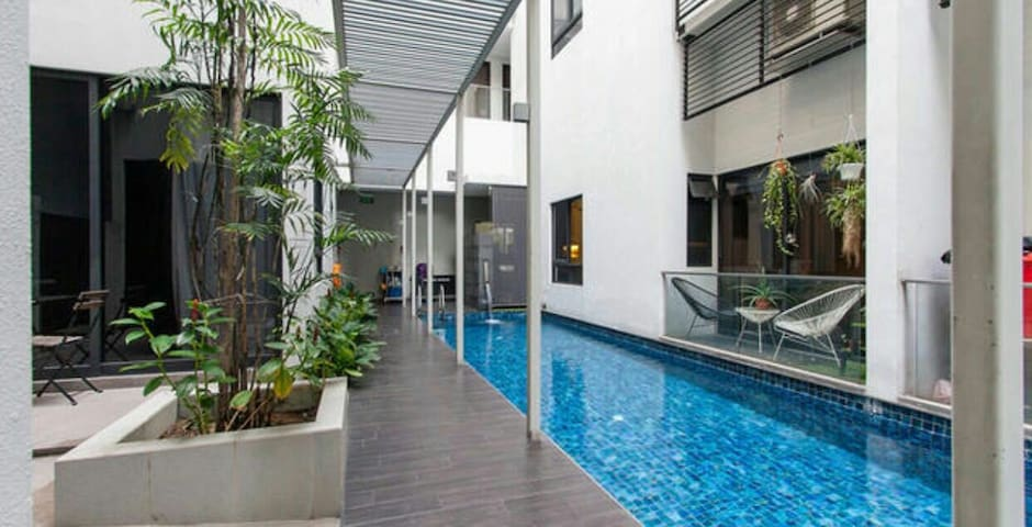 1BR apartment stays 6, mins to city - Singapur - Wohnung