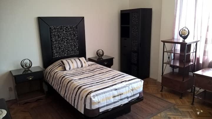 1 habitación, excelente ubicación Del Valle