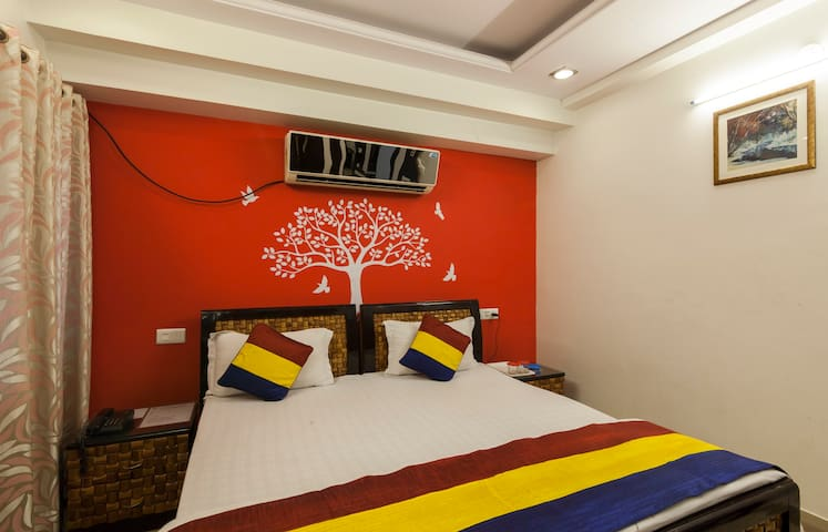 FOR LONG STAY Luxury Home stay on tonk road