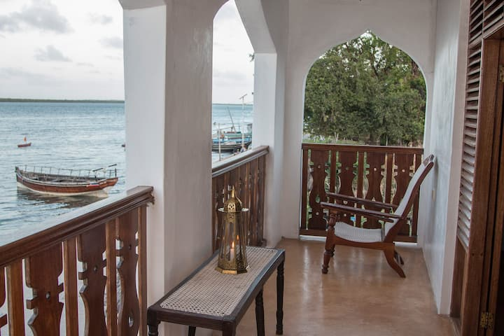 STOPOVER GUEST HOUSE LAMU TOWN