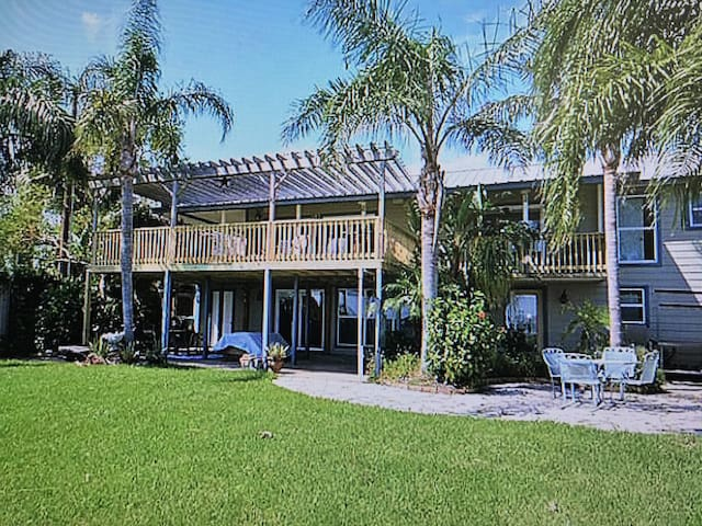 Waterfront Fishing/Relaxing Oasis Apartment3bed/2b