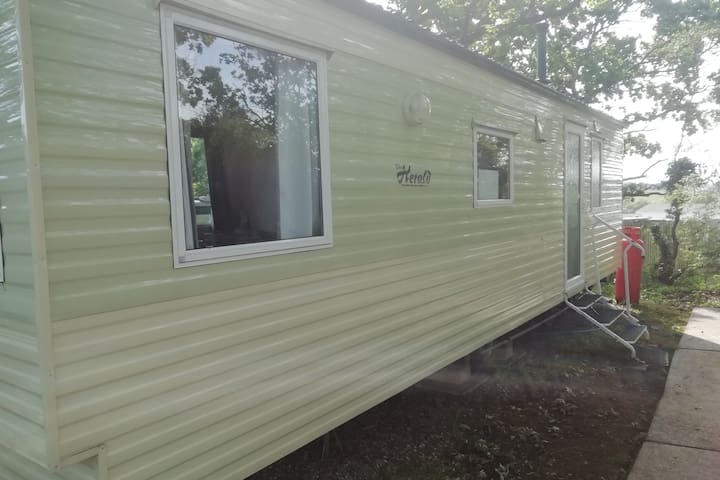 Caravan, Family-friendly site on the Isle of Wight