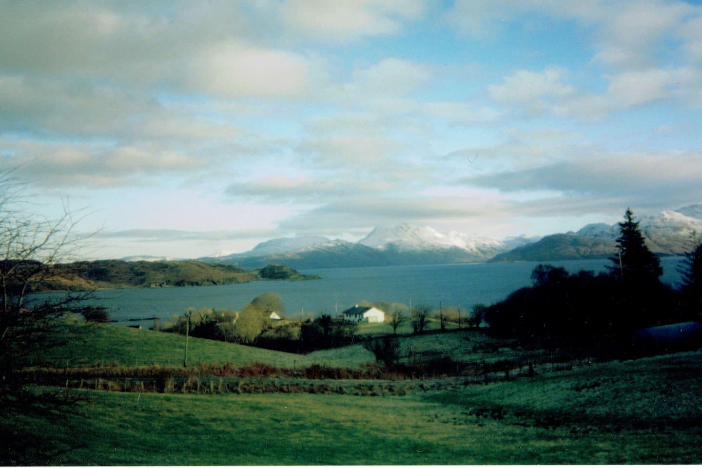 View towards Bunaite