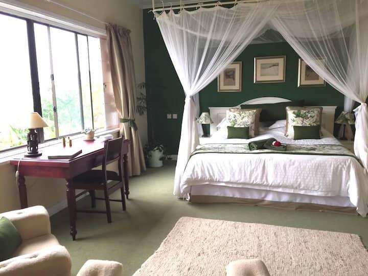 Willow Suite/Luxury en-suite double room