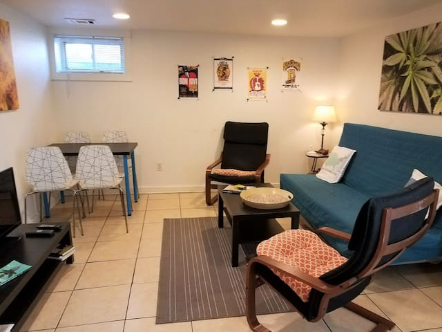 Pot-Friendly 2-Bdrm. Green Mile Location. Welcome!