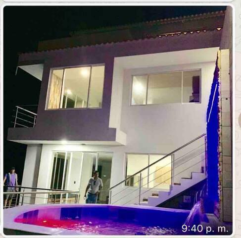 """Sendero Purpura """"Habitación Privada 1"""""""