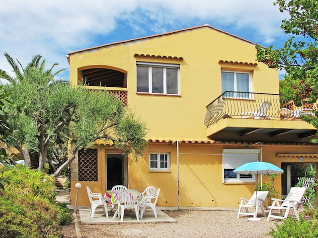 Holiday apartment in Les Issambres for 4 persons