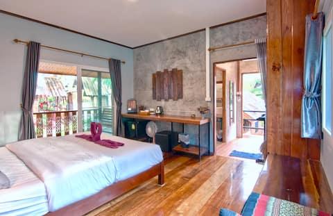 T1, Thai wood house in Railay (Rapala rock wood)