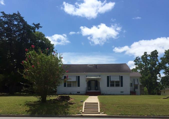 Sugar Shack Close to Texas A&M - Navasota - House