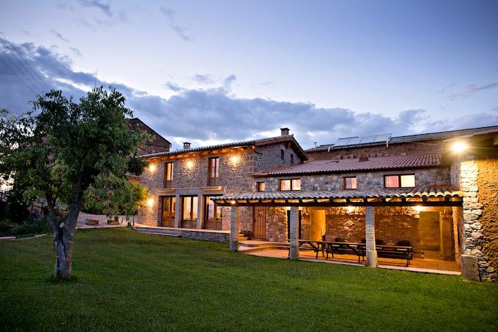 Mas Monestirol -Magnífica casa bajo las estrellas