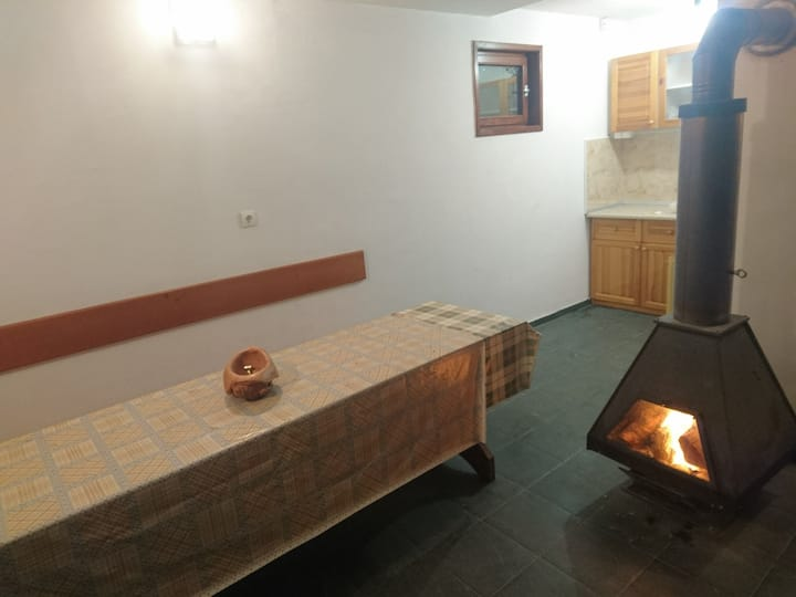 Forest Guest House Close to Sofia With Fireplace