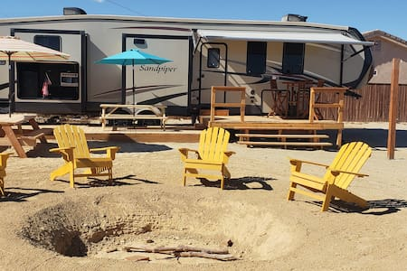 Ocotillo Wells Paradise! House,Pool,Spa,5th Wheel!